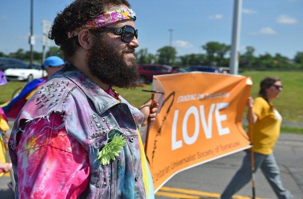 2017-6-17-ss-PrideParade_20