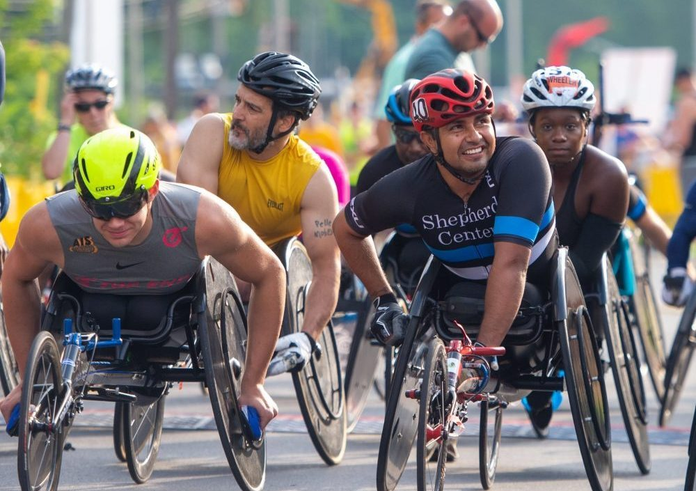 wheelchair class racers at Utica Boilermaker