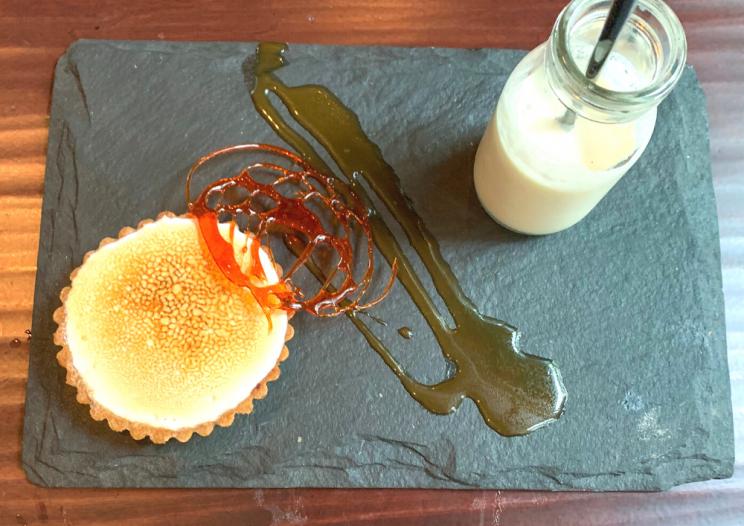 1833 Kitchen restaurant creme brulee dessert