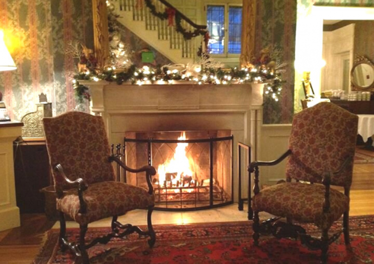 Brewster Inn a Central New York Restaurant with fireplace